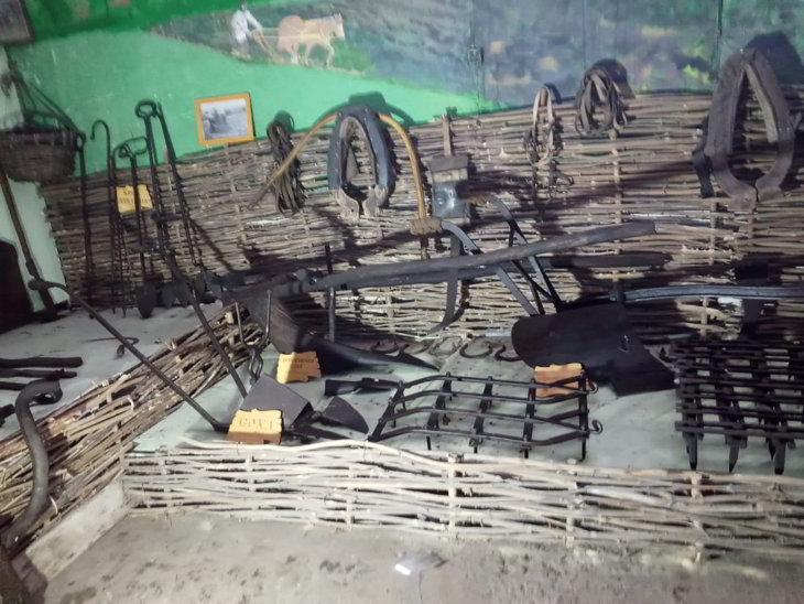 орудия труда восточных славян